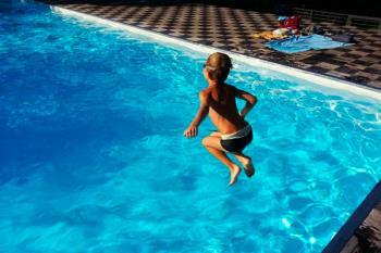 Estas vacaciones, nos invitan a refrescarnos en la piscina municipal de Humanes de Madrid
