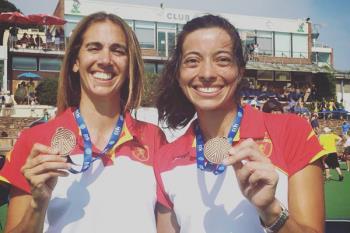 Eli y Ana, jugadores de nuestro Club Hockey Pozuelo, representaron a España en el campeonato