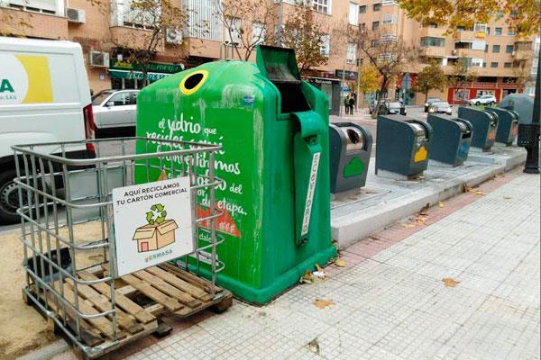 ESMASA incrementa en un 63 por ciento el servicio de recogida de cartón