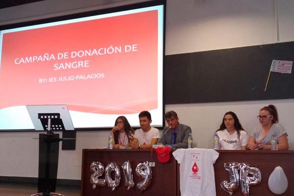 Educación y Solidaridad, de la mano en el IES Julio Palacios