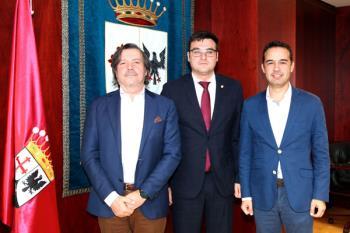 El ayuntamiento y MásMovil han firmado un convenio de colaboración para ofrecer el servicio