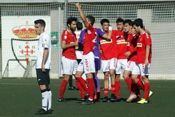Un gol de córner directo de Dani Navarro y otro de Luis Pareja, le dan la victoria al equipo de Jorge Martín de San Pablo con el portero rojillo Aarón como protagonista