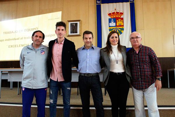 El acto contó con la presencia de Rafael Carmona, responsable del Departamento de Clubes convenidos del Atleti