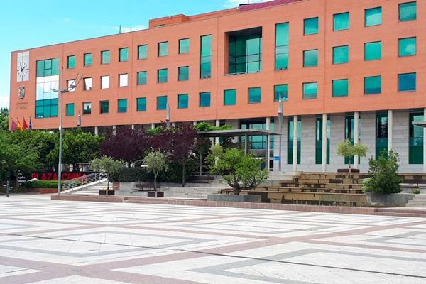 El Ayuntamiento aclara el caso de las campañas de imagen de García de Vinuesa