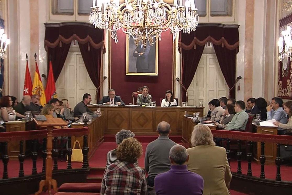El Ayuntamiento de Alcalá eleva en un 70% el servicio de grúa
