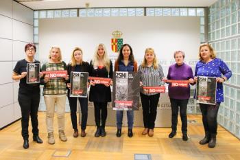 Bajo los lemas; 'Abordaje de la violencia de género hacia las mujeres mayores'  y 'la violencia extiende sus redes. No caigas'