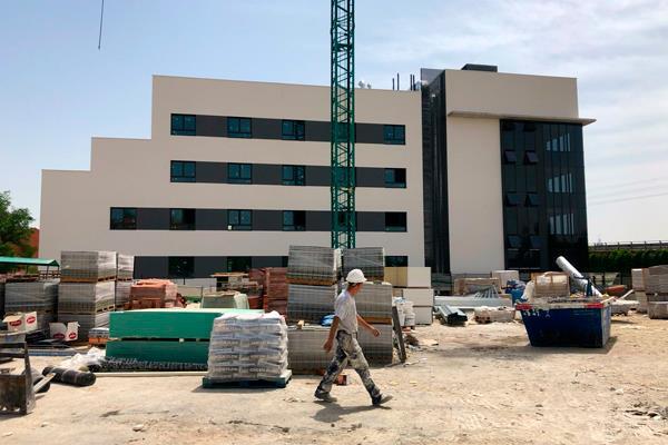 Continúan las obras de la residencia privada que estará ubicada en Los Frailes