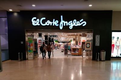 Lee toda la noticia 'El Corte Inglés pone en venta su centro de Xanadú'