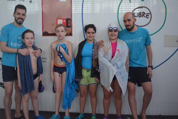El Galeón imparte clases inclusivas de natación infantil