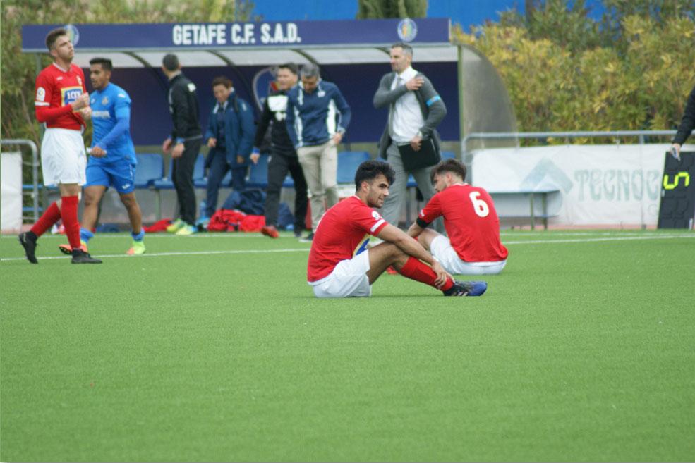 El equipo local remonta un gol de Castiella y le complica la liga a los rojillos