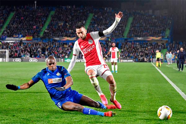Los de Bordalás vencieron por 2 a 0 a un Ajax que no remató ni una sola vez