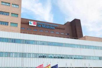 Pantallas, mascarillas quirúrgicas, hidrogeles y buzos han llegado al centro hospitalario como refuerzo