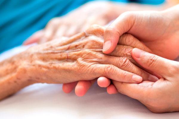 El Hospital Universitario mejora la atención a los pacientes en cuidados paliativos