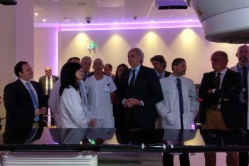 Este equipamiento fue adquirido con la donación de 46,5 millones de euros de la Fundación Amancio Ortega