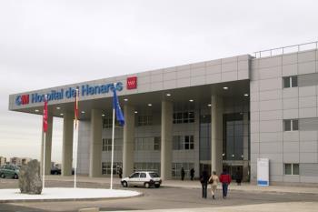 El Hospital del Henares se ha visto colapsado por la falta de recursos del centro a causa de los recortes
