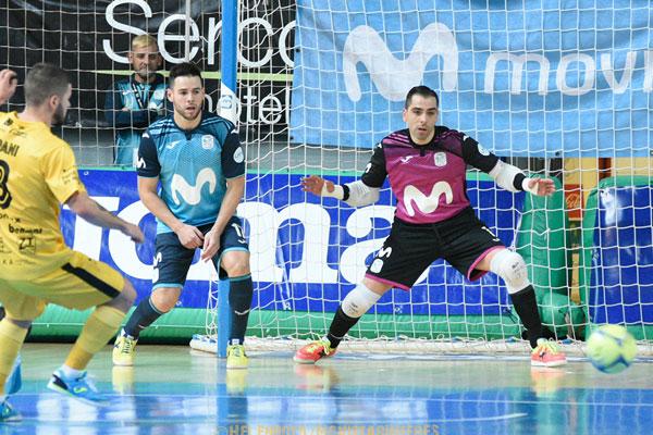 El equipo de fútbol sala entregará invitaciones a los desempleados de Torrejón de Ardoz