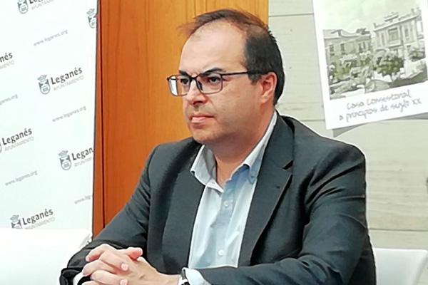 El PP denunciará a Santiago Llorente por presunta prevaricación ...