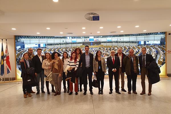 El PSOE pone a Alcalá en el Parlamento Europeo