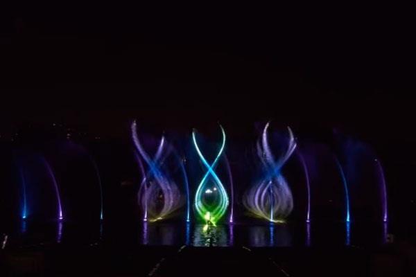 El Parque Europa ofrece un espectáculo con Fuentes Cibernéticas