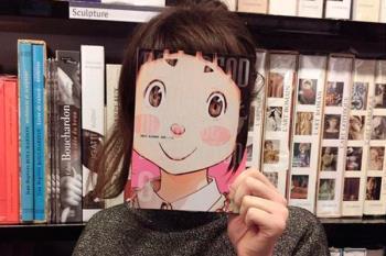 Hazte un 'bookface' y preséntalo en la Biblioteca Municipal de Villaviciosa antes del 11 de mayo