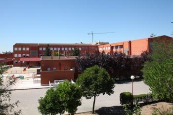 El programa 'Fuentic' beneficia a 68 centros educativos públicos