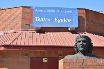 Como cada jueves, cuando llega el verano, el Teatro Egaleo de Leganés abre sus puertas para ofrecer una nueva película