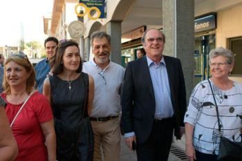 Ángel Gabilondo y el candidato del PSOE en Pozuelo, Ángel G. Bascuñana han presentado su plan de revitalización del barrio
