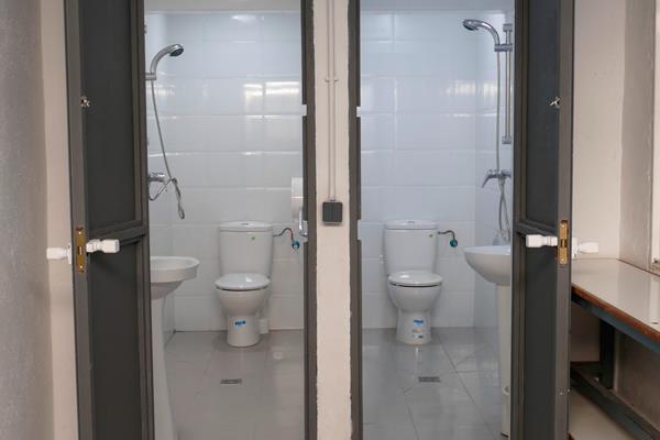 El comedor social de la calle Sevilla de Móstoles contará con dos nuevos aseos con ducha