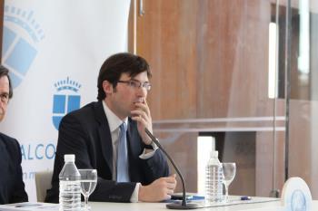 Martín quiere aprovechar las oportunidades que surgen fuera de la política