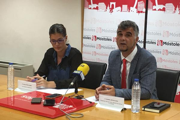 """El gobierno de Móstoles anuncia el """"fin de su crisis"""""""