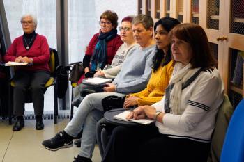 Gracias al taller de Pilar Farelo, 20 mujeres ya han superado el tan común temor a la exposición