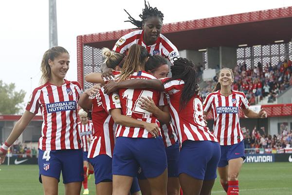 Las chicas del Atlético de Madrid ganaron a las sevillanas 3-0 en su nuevo estadio
