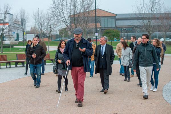El primer parque de España accesible para ciegos está en Majadahonda