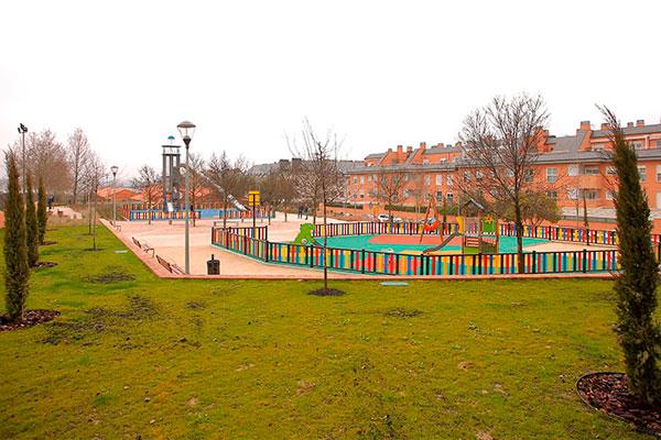 Además de los trabajos de mejora se han instalado nuevos elementos y más áreas de juego infantiles
