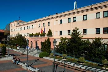 Esto es fruto de la colaboración del Consistorio y algunos de estos centros como la Universidad Nebrija o la Francisco de Vitoria