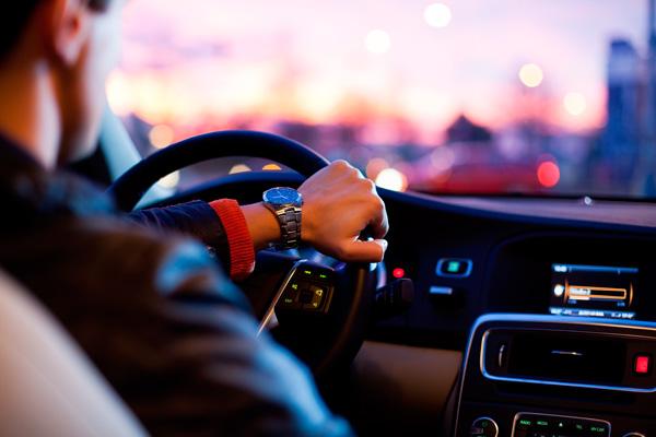 Según los datos, la media diaria es de 332 coches multados por superar el límite de velocidad