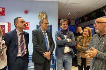 Durante la visita al Aula de Astronomía, Ossorio ha confirmado que el colegio El Vivero no se ampliará hasta el curso 2021/22