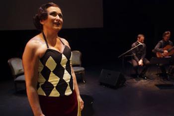 """El espectáculo """"encendidas"""" será representado este sábado en el Teatro Adolfo Marsillach"""