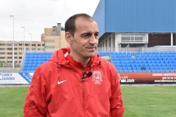 El técnico, que renovó su contrato el 12 de julio, abandona el equipo azulón