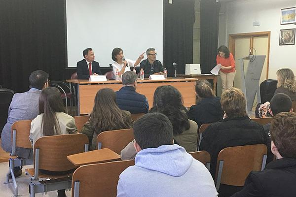 El Jurado declaró desiertos el primer premio y accésit en la categoría de prosa