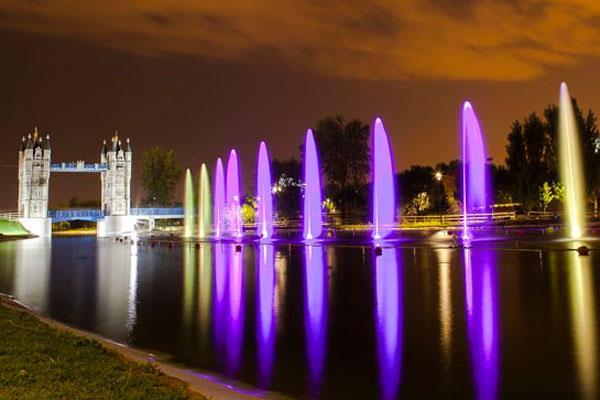 La Fuente Cibernética del Parque Europa ofrece sus penúltimas funciones