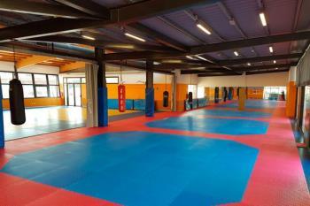 Los alumnos de Taekwondo, Hapkido, Defensa Personal y Gimnasia para Mayores ya disfrutan del suelo nuevo