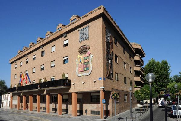 Estudiantes de la Universidad Carlos III podrán realizar prácticas en el Ayuntamiento de Móstoles