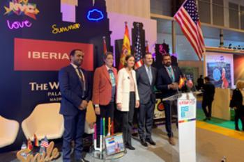 El colectivo celebra su noveno aniversario en la feria internacional de turismo