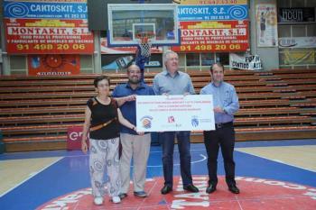 El Club de Baloncesto y la empresa Montakit, en colaboración con el ayuntamiento, sufragan el viaje a los sanitarios