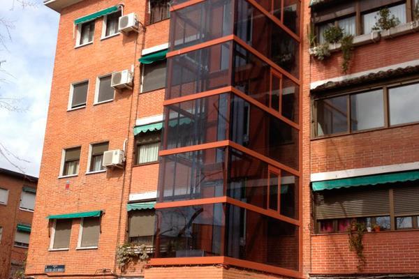 Fuenlabrada ayudará a las comunidades de vecinos para que instalen ascensores