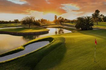 El consistorio ha aprobado la modificación de crédito para asumir el monto en concepto del campo de golf