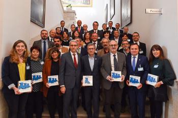 La ciudad es galardonada por su gestión en el reciclaje de papel en el marco del programa Pajaritas Azules