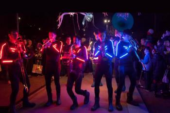 Un gran desfile de luz se ha organizado el próximo día 21 de diciembre en los Jardines de Toledo
