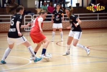 Un final de partido muy bueno de la chicas del FSF Móstoles, hace que se leven el partido que estuvo lleno de emoción y goles.